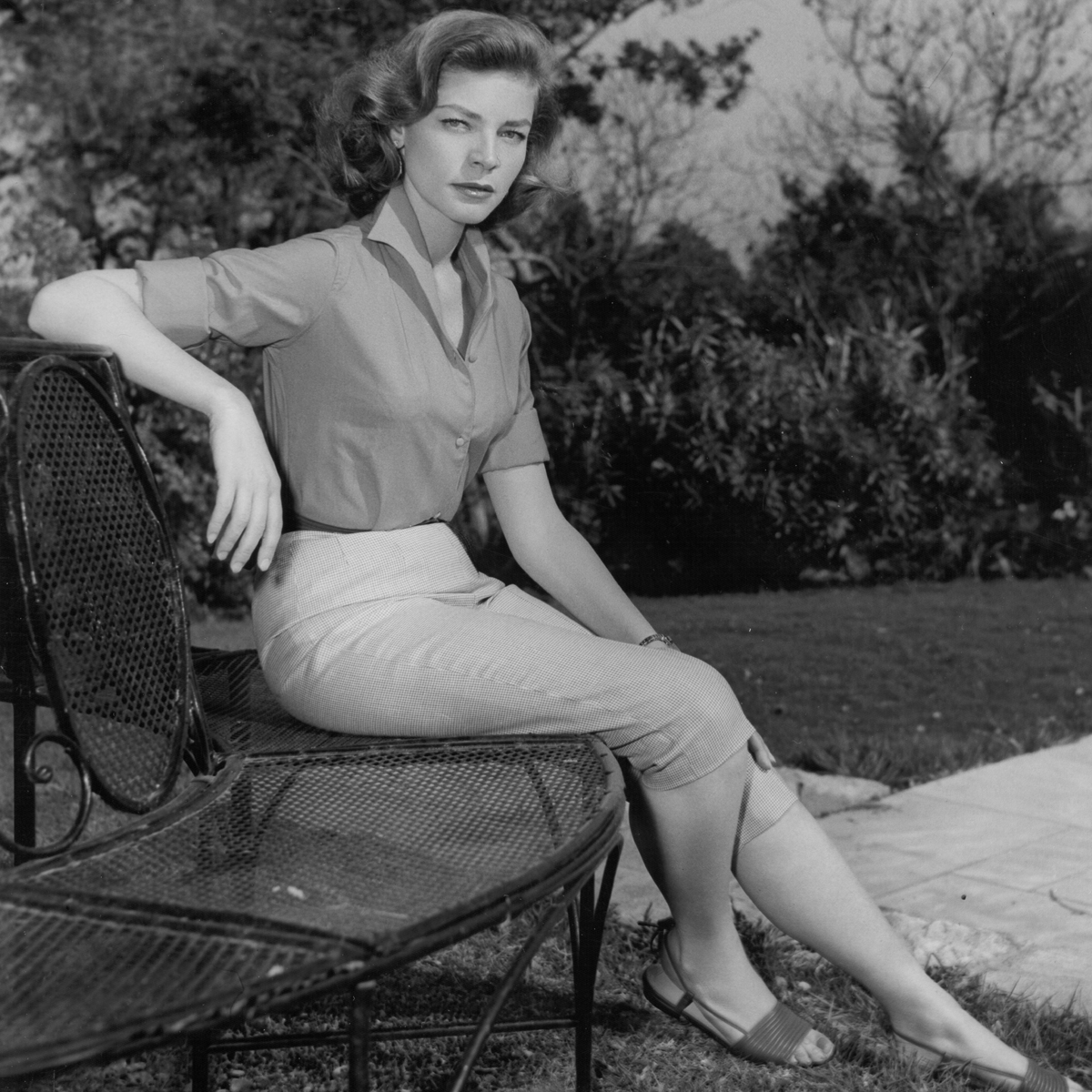 25+ Lauren Bacall Naked  PNG