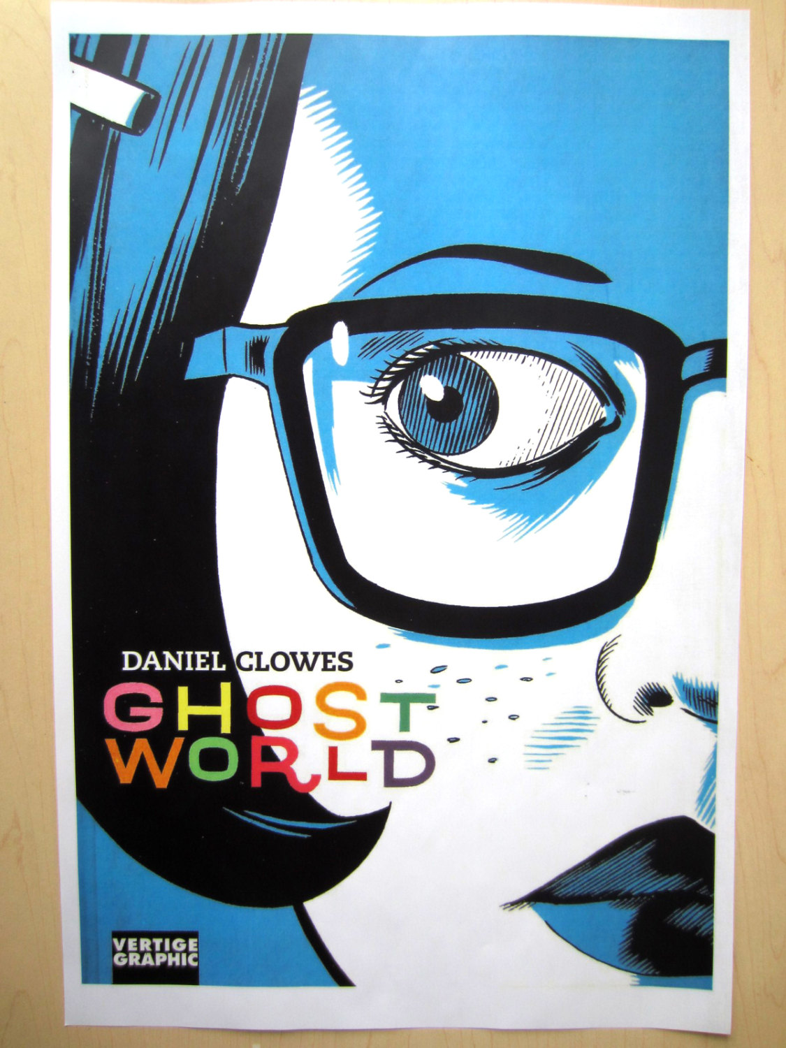 daniel clowes ghost world argumentative comparison essay