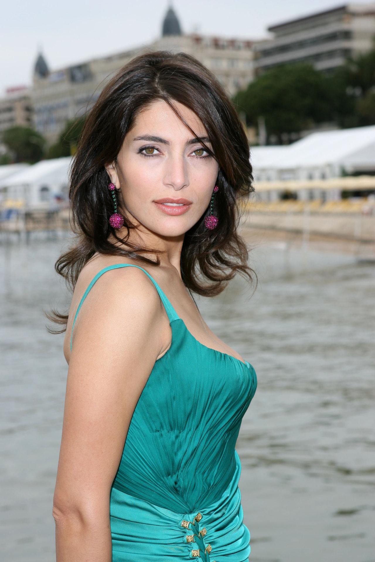 Caterina murino celebrity movie
