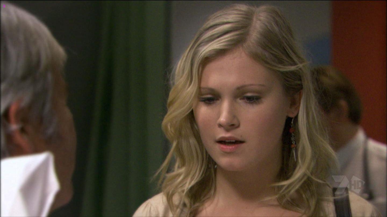 Taylor boyfriend eliza Eliza Taylor