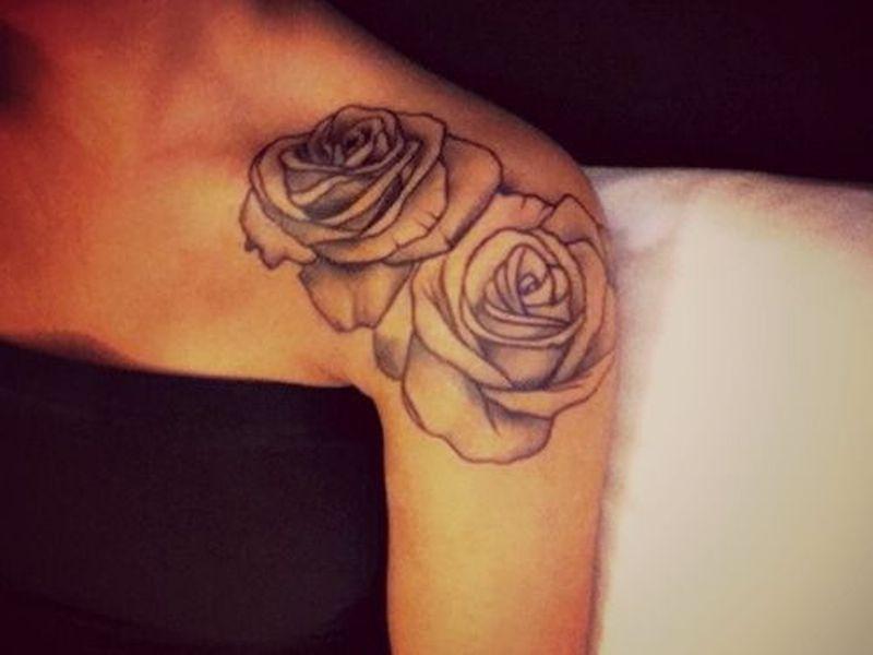Фото розы тату на плече