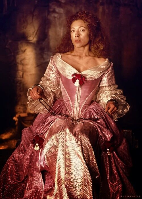 moll flanders quotes Moll flanders daniel defoe  section 3 (moll marries the draper, and then her  half-brother) section 4  section 9 (moll and jemy in america, and conclusion.