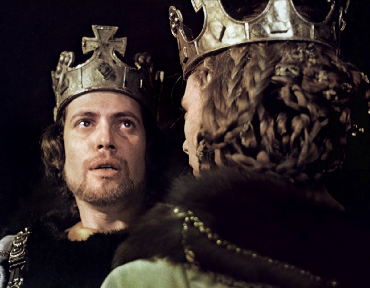 greed macbeth Greed and ambitionthroughout macbeth, shakespeare demonstrates that both  greed and ambition can turn even the best of people into the worstmacbeth was .