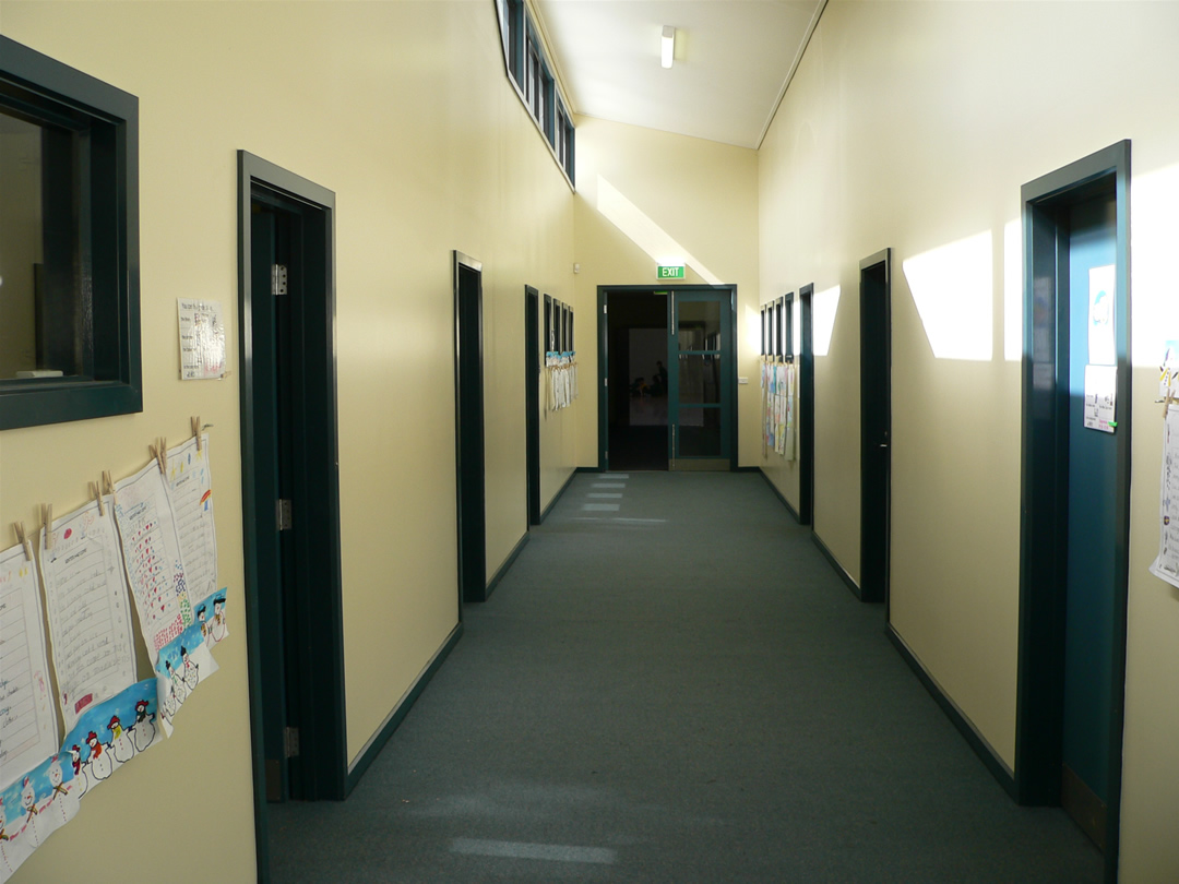 School Hallway Quotes. QuotesGram