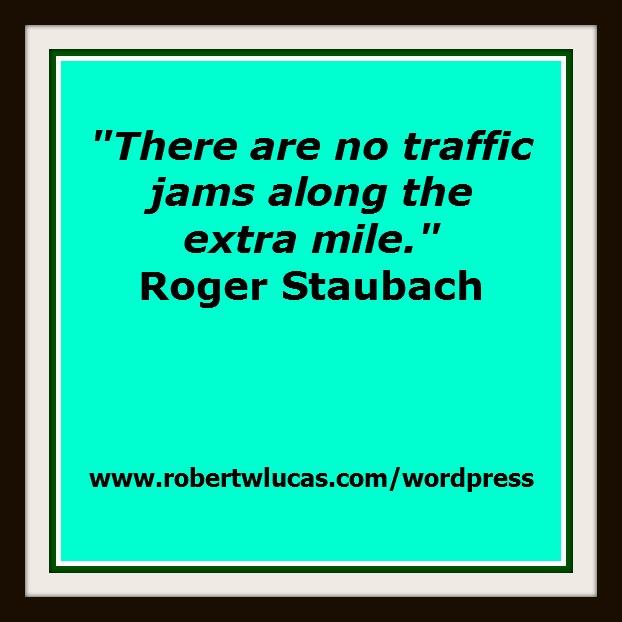 Inspirational Customer Service Quote Humor: Customer Service Motivational Quotes. QuotesGram