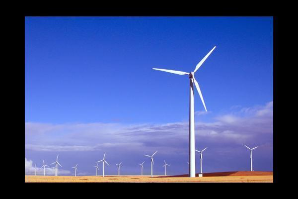 the risks of renewable and nonrenewable resource These natural resources are a major source of power for a vast amount of industries – however, there are numerous downsides to non-renewable energy, including their negative environmental impact and the fact they are in limited supply.