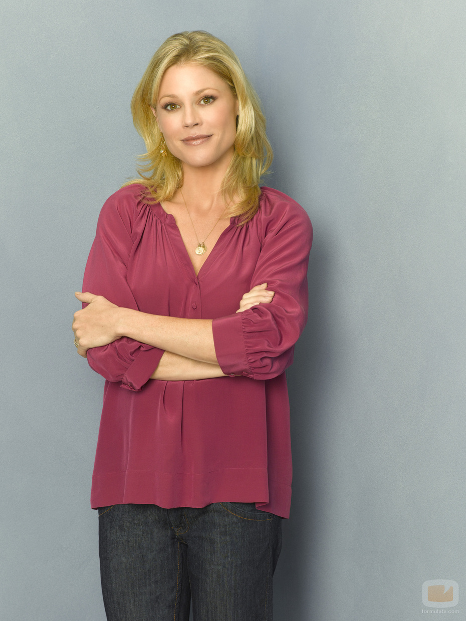 claire modern family
