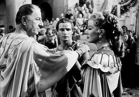 julius ceaser analysis Shakespeare wrote in many genres comedy, tragedy, and history some of his plays had mixed genres this essay is describing the ways in which `julius caesar` exemplifies and divates from mixed genres.