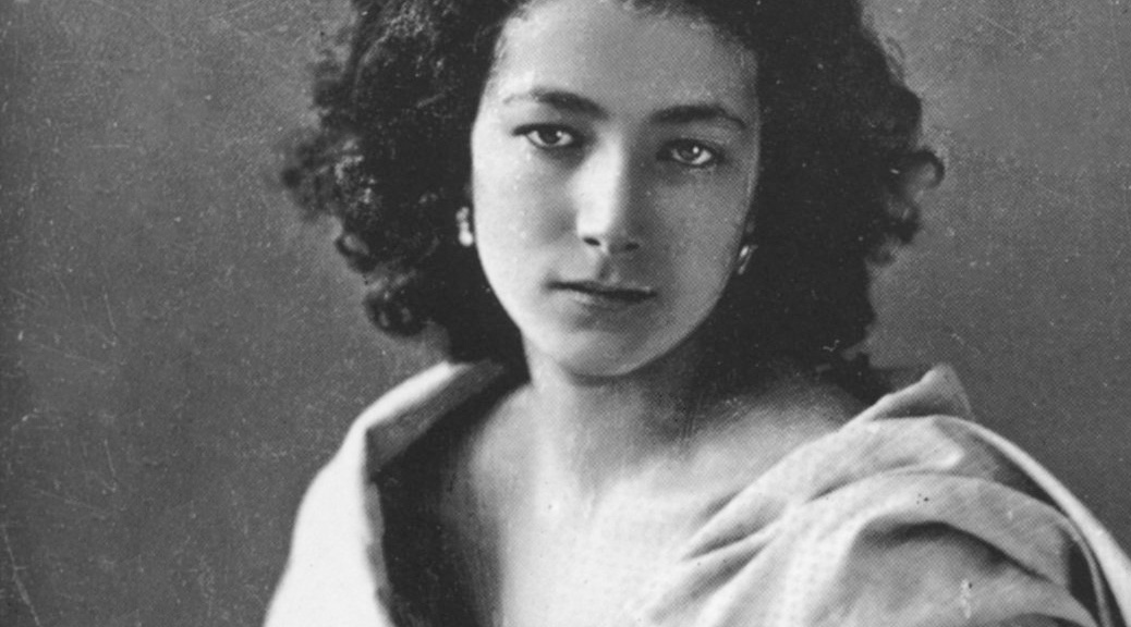 sarah bernhardt a victorious legend essay A golden state warriors legend from the glorious tmc days of the late 80s and  early 90s i was full of jealousy but this was the kind of place kezar was: an.