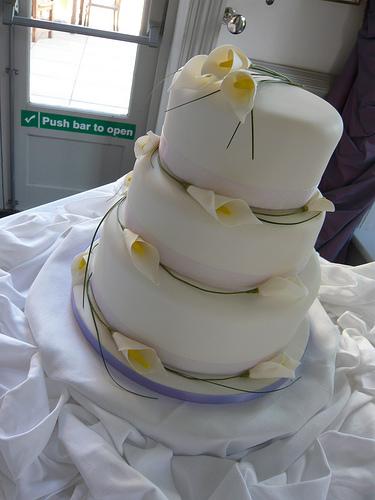 Wedding Cakes With Orange Calla Lilies