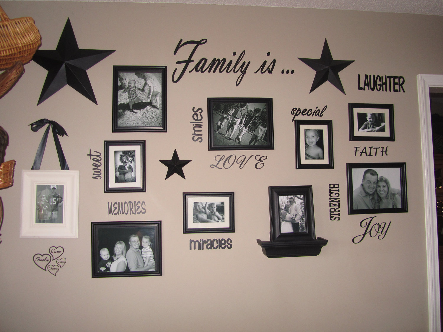 Family wall quotes and sayings quotesgram for Decoration quotes sayings