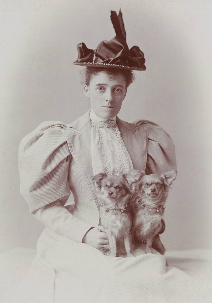 an interpretation of roman fever by edith wharton Interpreting edith wharton's roman fever definitive criteria for judging the success or failure of a work of fiction are not easily agreed upon individuals almost necessarily introduce bias into any such attempt.