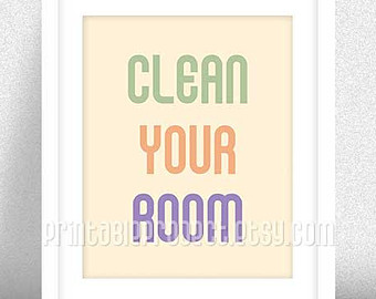We are not telling you it is the best method but the main idea is that you need a proper cleaning structure to clean your room very fast without wasting time. Trying to clean everything or do many things at a time will consume your time, and you will end up not doing things in a satisfactory manner.