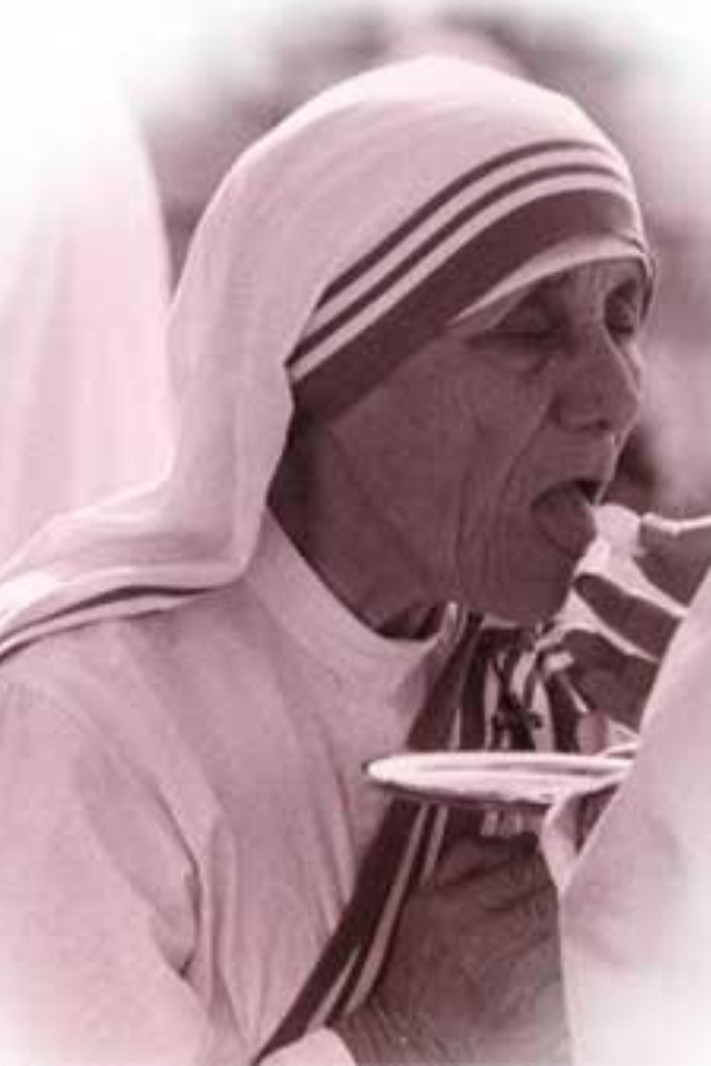 Mother Teresa Quotes On The Eucharist: Mother Teresa Quotes Holiness. QuotesGram