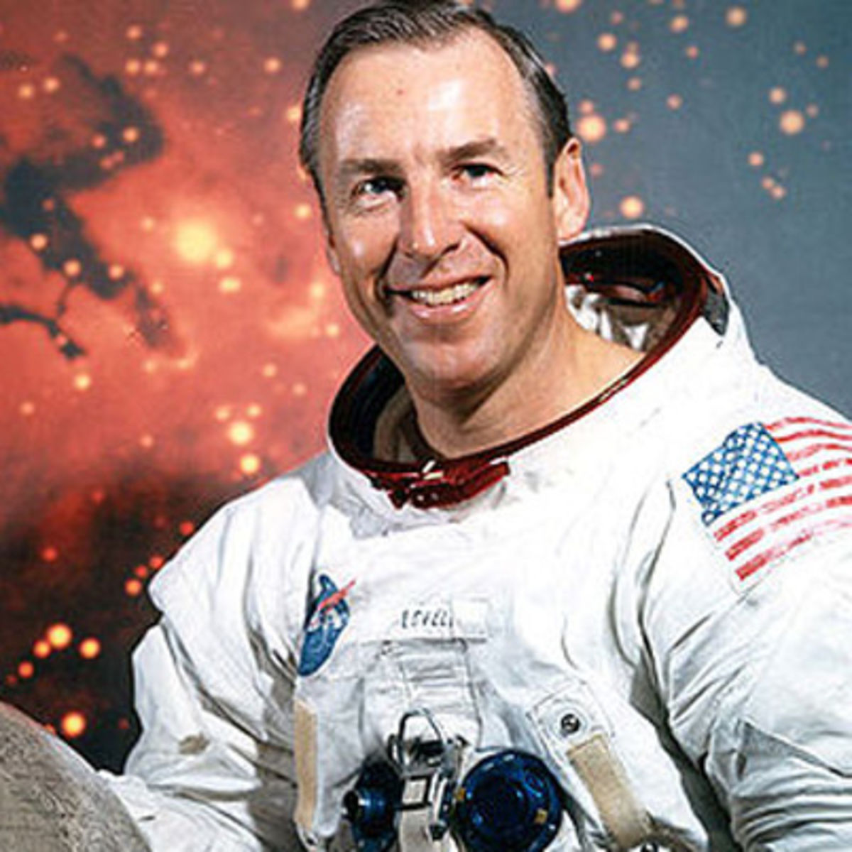 leadership traits of astronauts in apollo 13 Enduring leadership lessons of apollo 13 april 13,  apollo 13 launch forty five years ago, astronaut jack lousma was acting as the ground-based capcom (a.