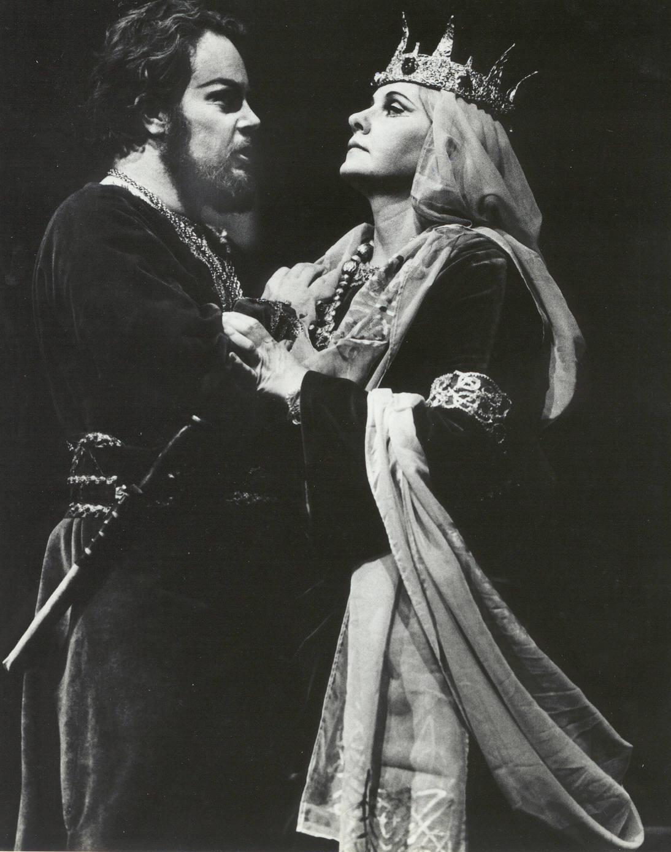 Macbeth Essays (Examples)