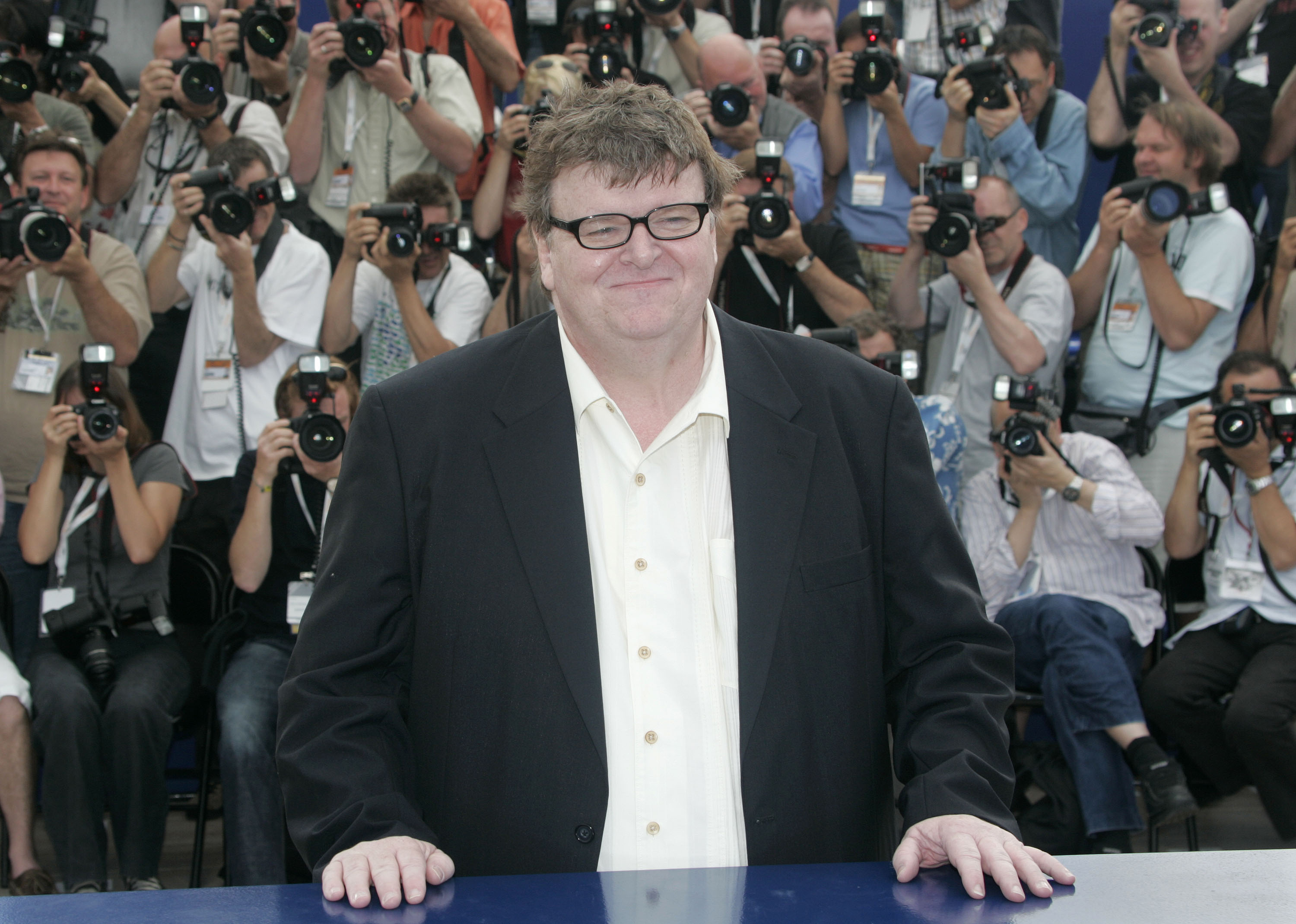 essay about sicko by michael moore