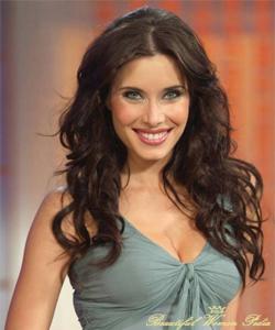 Woman spanish beautiful very in 15 Spanish