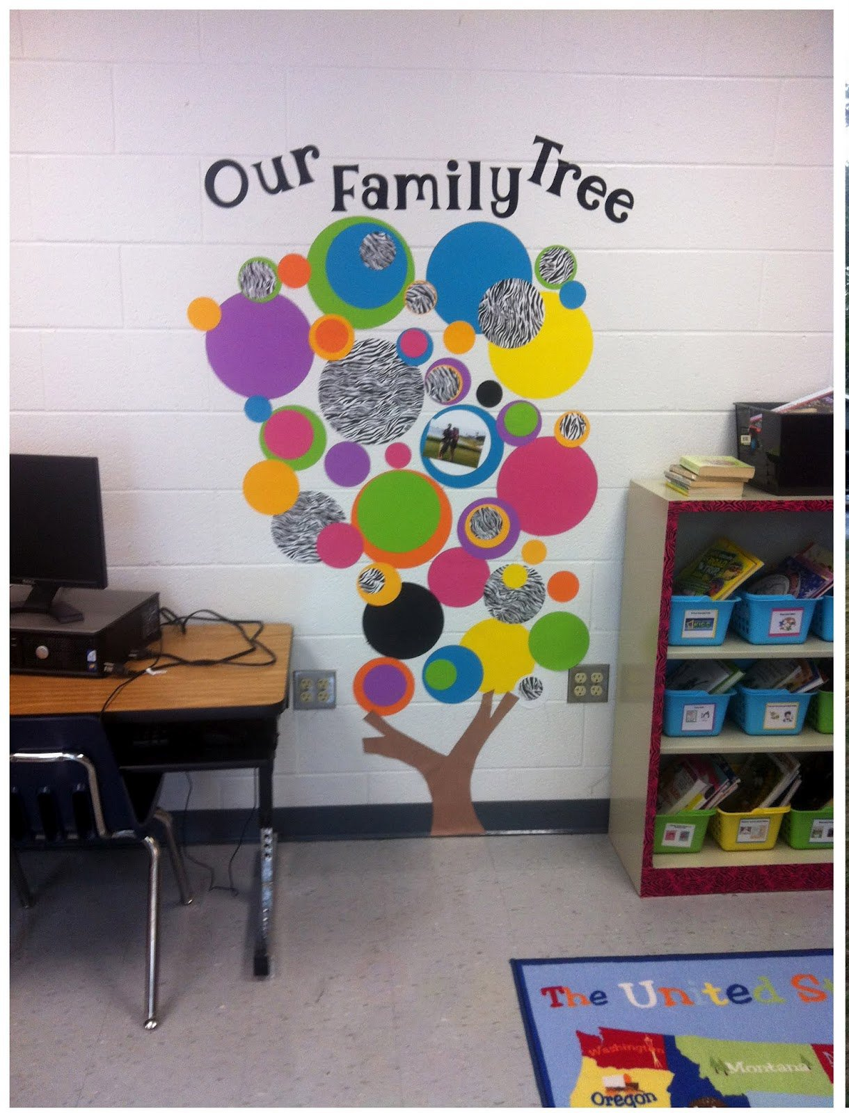 Classroom Decoration Hangings ~ Apple bulletin board for famous quotes quotesgram