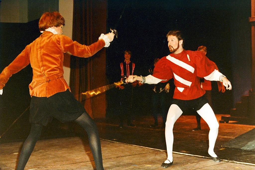 Romeo Juliet Mercutio Character Analysis Essay