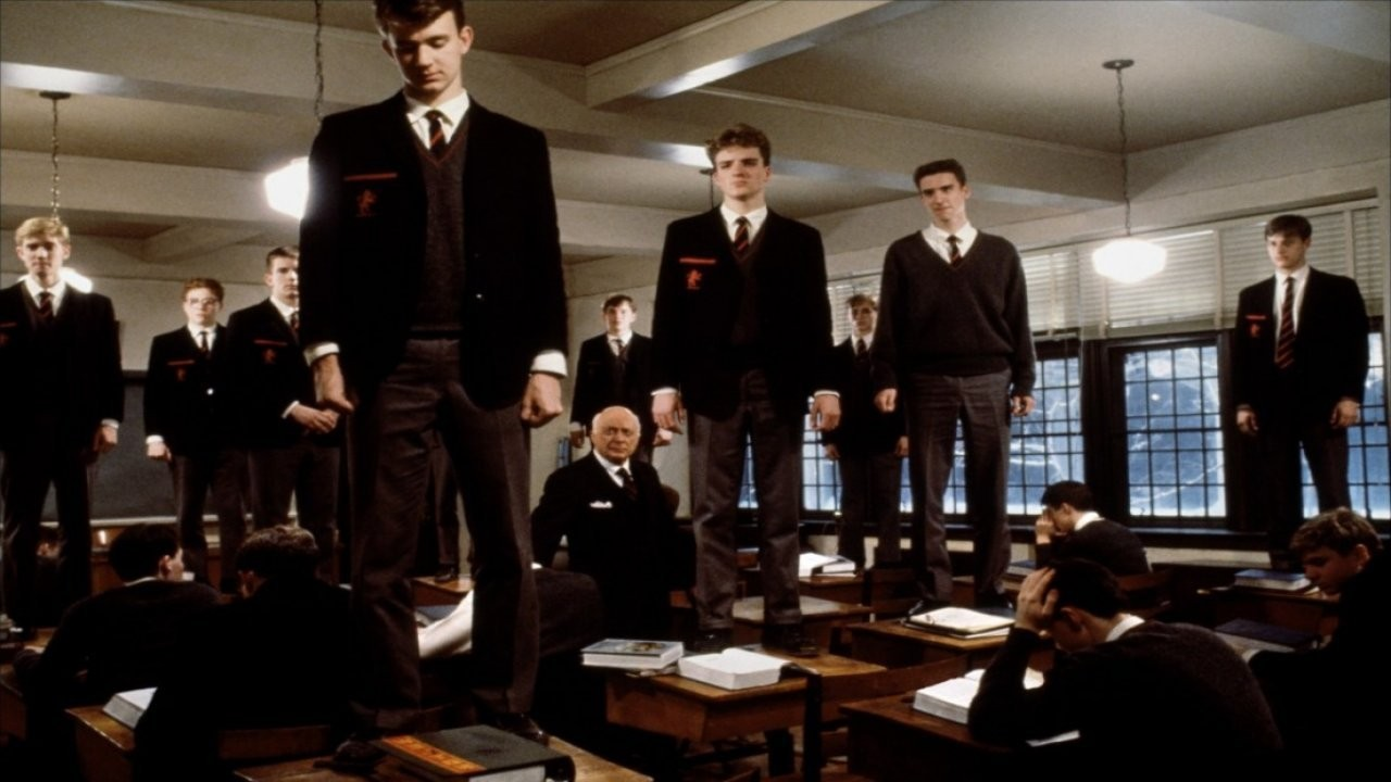 the dead poets society movie encourages people to seize the day