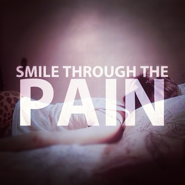 Quotes About Smiling Through Hard Times: Quotes About Smiling Through Pain. QuotesGram