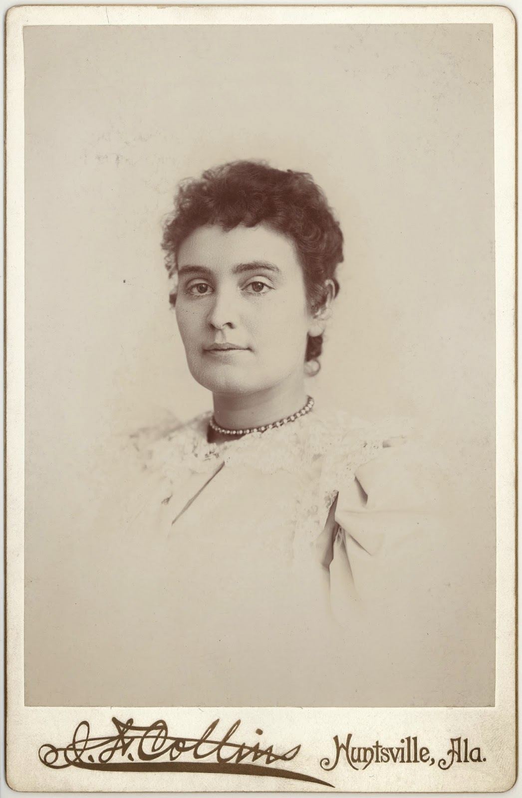the history of anne sullivan macy and helen keller One of the most famous deaf people in history the story of helen keller and anne sullivan macy new helen keller and anne sullivan archive at.