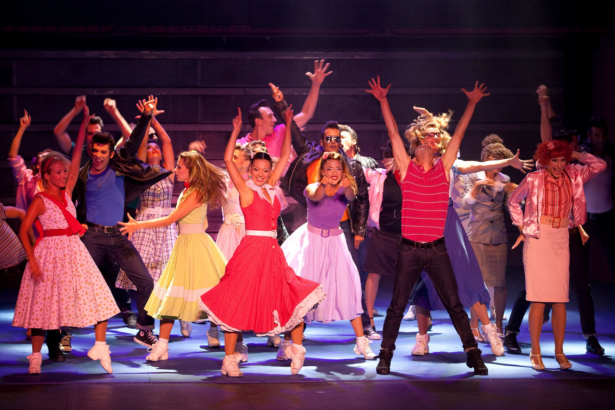 The Cast Grease The Musical Autos Post
