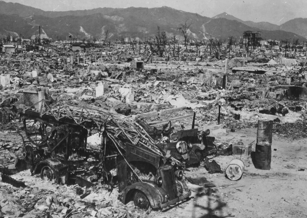 the life during the hiroshimas bombing in hiroshima by john hersey Home featured 2 narratives of hiroshima still linger, unreconciled obama visit won't  of hiroshima still linger, unreconciled  with john hersey's.