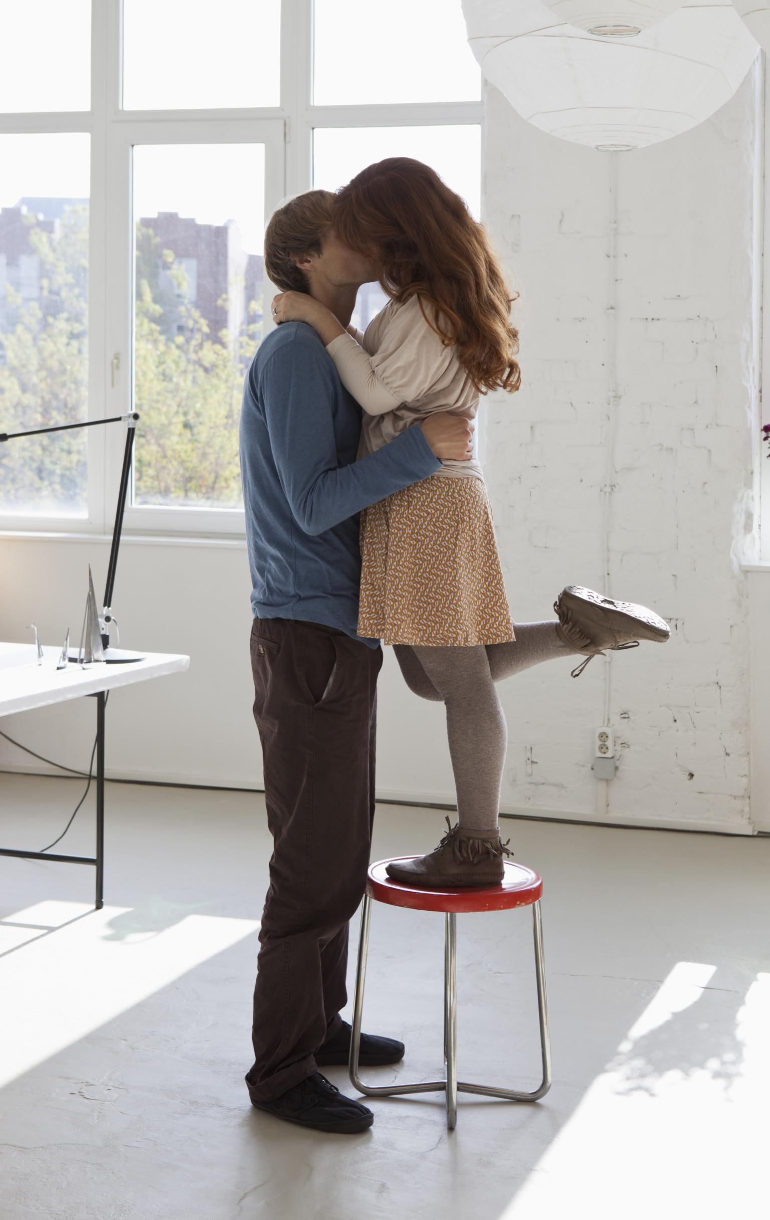 Shorter taller man dating woman Famous Tall