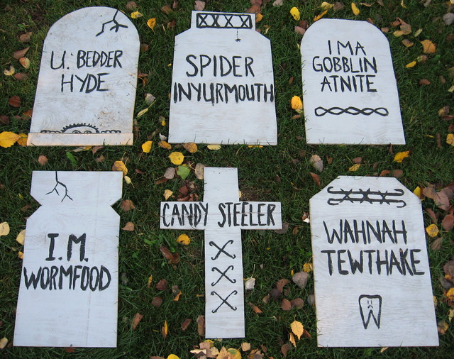 Funny Grave Quotes Quotesgram