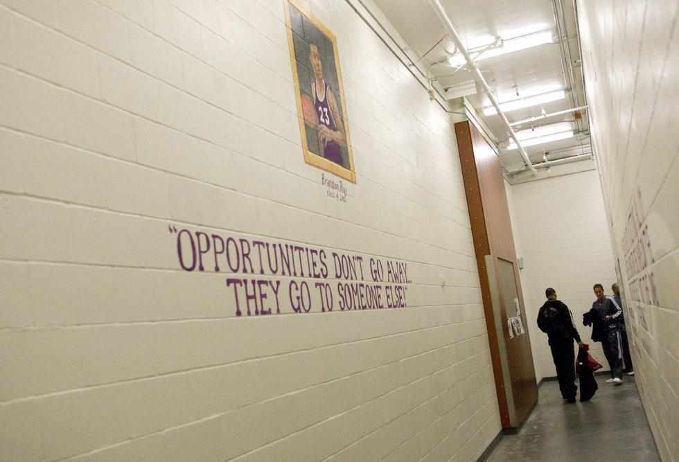 Basketball Locker Room Quotes Quotesgram