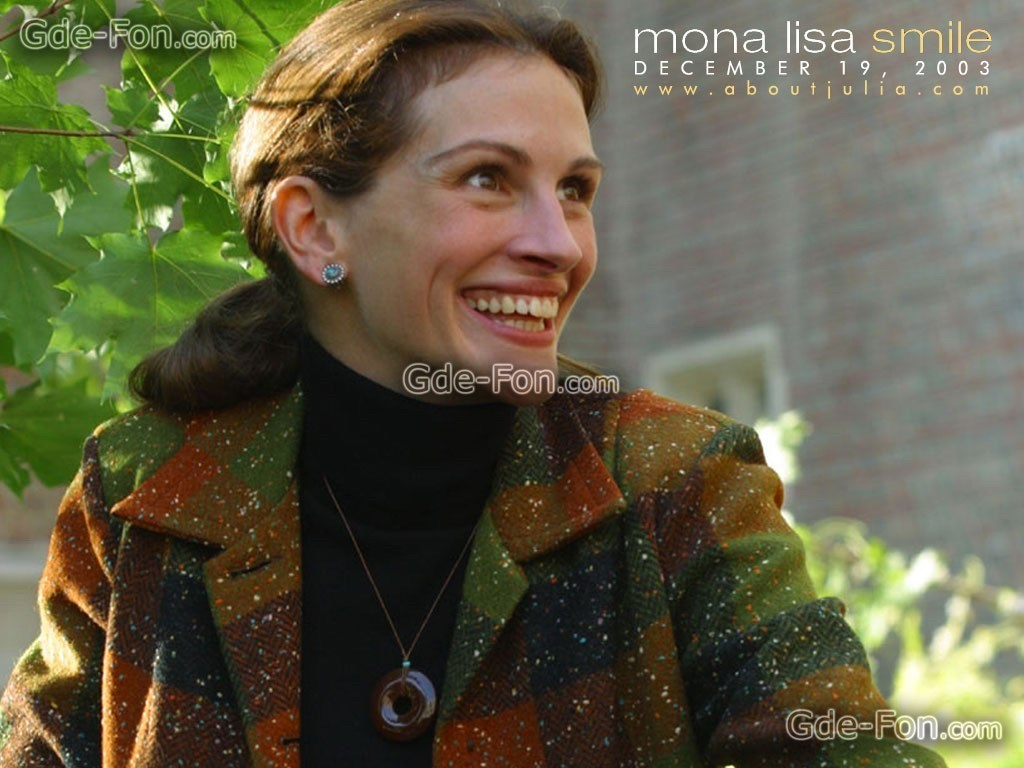 """a review of the movie mona lisa smile """"mona lisa smile"""" could be subtitled """"the parade of overrated actresses"""" it is filled with the hot, young actresses of today who really are living more on reputation than actual acting."""