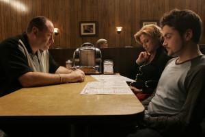 James Gandolfini, Edie Falco and Robert Iler in the final scene of HBO ...