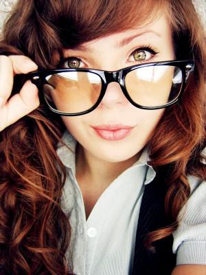 glasses girls 13 Pretty Women Who Rock The Pretty Librarian Glasses ...