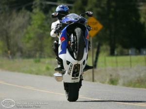 gsxr 1000 wheelie Image