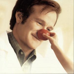 Robin Williams fez papel cômicos e dramáticos. Aqui em 'Patch ...