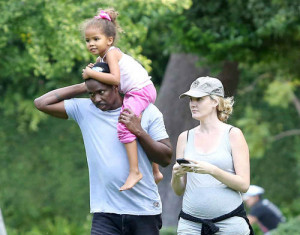 Harold perrineau and wife expecting baby boy