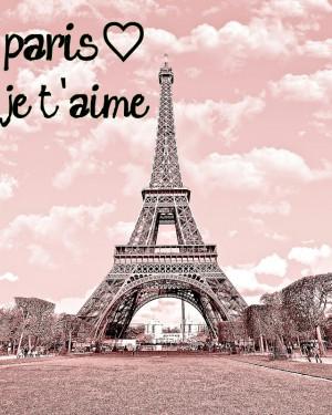 Eiffel Tower In Pink