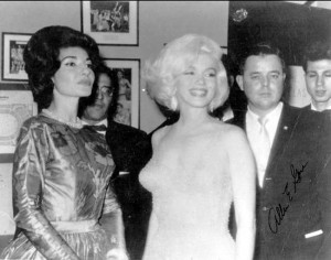Marilyn Monroe backstage at John F. Kennedy's birthday celebration ...