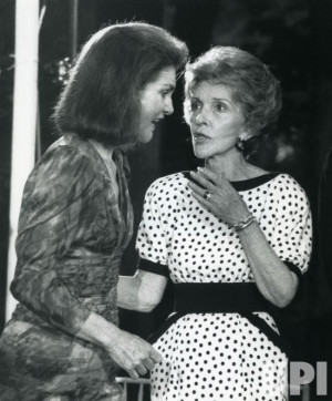 Jacqueline Kennedy Onassis chats with First Lady Nancy Reagan at a ...