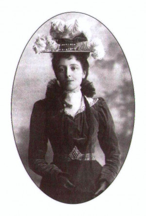 Description Lucy Maud Montgomery.JPG