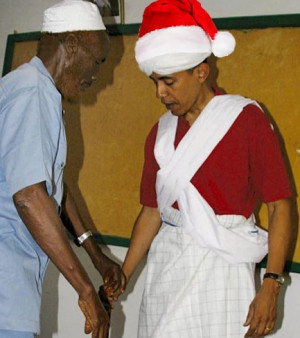 ... ' Saw Barack Obama Kissing Muslim Claus In A Mosque On Christmas