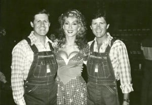 , Hee Haw Honey Linda Thompson and Butch McCain on the set of Hee Haw ...