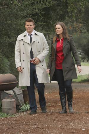 Bones Season Finale Spoilers: Brennan Framed For Murder? - TV Fanatic