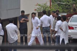 ... Khan, Shahid Kapoor, Varun Dhawan, Imran Khan at Yash Chopra's funeral