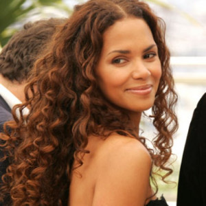 Halle Berry - Curly Hairstyles - Curly Long Hair Styles