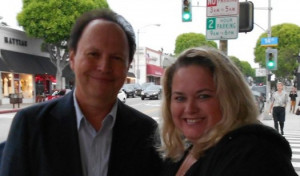 Billy Crystal poses for a fan photo with mike the fanboy columnist ...