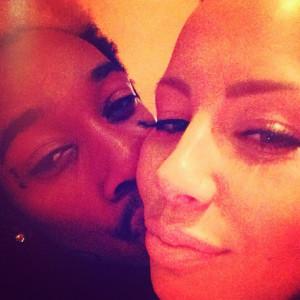 Quick Pics: Rihanna Takes a #777 Party Break, Frank Ocean Realigns His ...