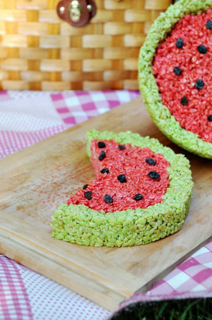 Source: http://dineanddish.net/2011/07/summer-rice-krispies-treat ...